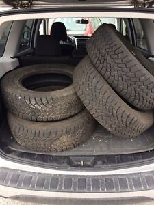Set of 4 225/65R16 Winter Tires Barely used