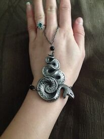 Metal snake bracelet/ring, wrist chain, goth