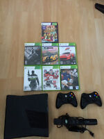 XBOX 360 + 2 Controllers + Kinect + 7 Games
