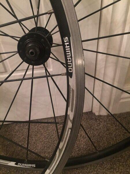 Shimano R500 wheels
