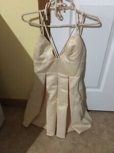 BRAND NEW with tags cream dress size 6 Windsor Region Ontario image 1