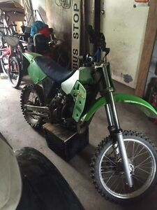 Kawasaki kx 80 $1000 or trade for a smaller bike of same value Kingston Kingston Area image 10