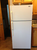 17.1 CU. FT. MOFFAT FRIDGE - EXCELLENT CONDITION!