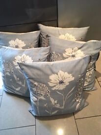 NEXT 5x floral cushions