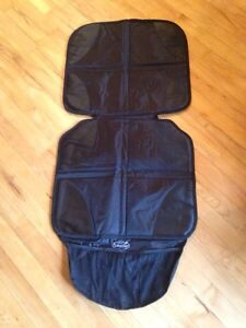 Car seat protector Gatineau Ottawa / Gatineau Area image 1