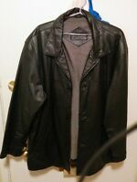 Men's Bostonian genuine black leather jacket.
