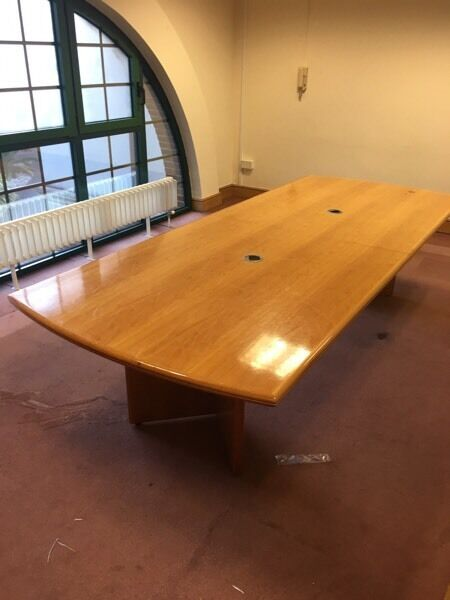 1 x large conference meeting table on clearance @ just £80 Only!!