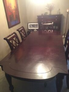 Gorgeous Big Table !!! Leon's platinum line