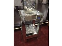 Crushed diamond lamp tables