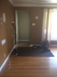 3 rooms near College for rent  Sarnia Sarnia Area image 6