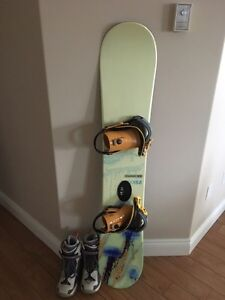 Salomon snowboard, boots & bindings