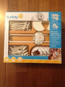 Safety 1st doors & drawers childproof kit