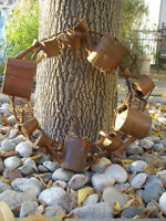 METAL REAF WITH MINIATURE WATERING CANS,COPPER COLOR