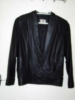 woman's leather jacket size 10 Eleebana Lake Macquarie Area Preview