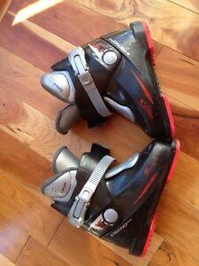 Tecno Pro T45 kids ski boots size 248mm  12 Cdn Good condition
