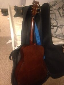 Yamaha acoustic guitar and accessories  Cambridge Kitchener Area image 4