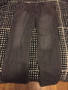 LEVIS jeans brand new 569' loose straight W32 - L30