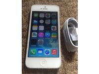 White iPhone 5 Factory Unlocked to all Networks Good Condition Can Deliver