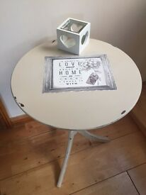 Shabby Chic Lamp/side Table