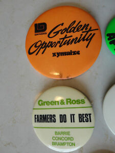 Set of 5 Vintage Button Pins - From 1976.  Very Old $25.50/all 5 Kitchener / Waterloo Kitchener Area image 3