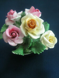 PETITE COAL PORT FINE BONE CHINA  CLUSTER of ROSES ORNAMENT
