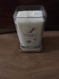 Usa large yankee candles brand new £15 each no offers collection only gorleston
