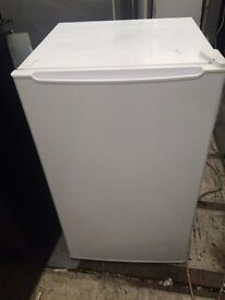 White undercounter fridge freezer good condition with guarantee bargain