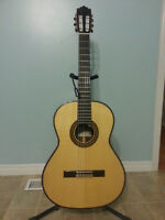 Paco Castillo Classical Guitar Package