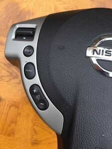 2008-2009 Nissan Rogue Airbag Without Bluetooth control St. John's Newfoundland image 4