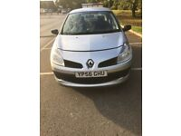Last chance £750 takes not a penny less new shape 1.1 Clio 56 plate low mileage