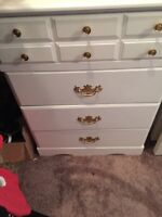 White & Gold dresser set