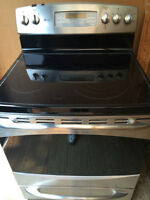 Free Standing GE Appliances Stove