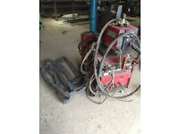 For SPARES or REPAIR water cooled Lincoln Mig Welder 400 amp powers up!