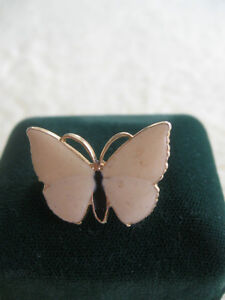 BEAUTIFUL LITTLE VINTAGE ENAMELED BUTTERFLY BROOCH