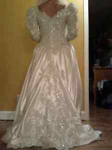 beautiful wedding dress robe de mariage high quality West Island Greater Montréal image 1