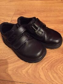 BOYS (TODDLERS) CLARKS SCHOOL SHOES 7F❄️️👞🚶🏼