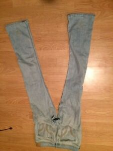 Holister jeans size 7 long