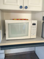 Microwave, small oven, toaster