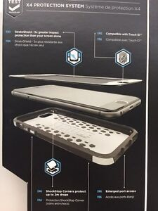 IPHONE 6s PLUS  CASE THULE ATMOS X4 - in box! Brand new London Ontario image 3