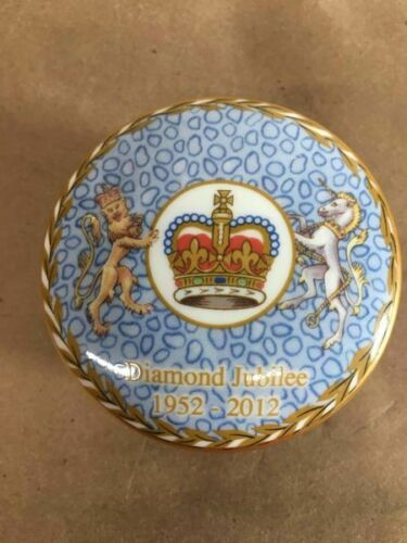 QUEEN ELIZABETH II GOLDEN JUBILEE TRINKET BOX FINE BONE CHINA - LTE 500!!