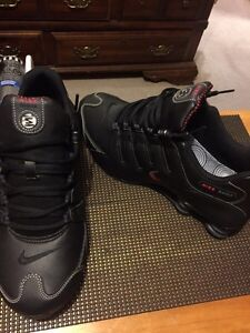 Size 11 BRAND NEW Nike shocks black and red still with box London Ontario image 1