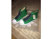 Brand new converse style hi tops size 4. bnwt