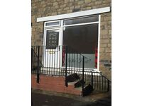 SHOP TO LET (WF13 1PG) ex hairdresser shop