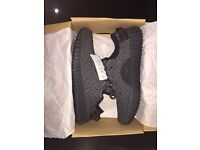 Yeezy boost 350 (black)