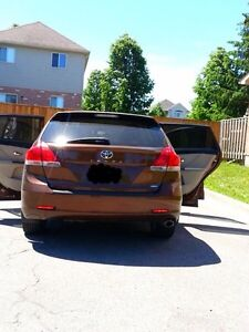 An excellent condition Toyota Venza 2010 very clean and nice... London Ontario image 6