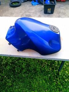 KAWASAKI ZX10 NINJA 1000 1986 BODY WORK  PARTS TANK UPPER TAIL Windsor Region Ontario image 6