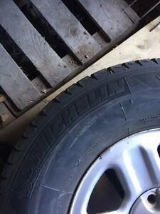 Jeep Wrangler 265/70r16 Winter tires and rims Gatineau Ottawa / Gatineau Area image 5