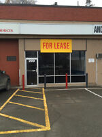 West Victoria St. Retail/wholesale space busy strip mall