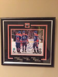Oilers signed photo framed