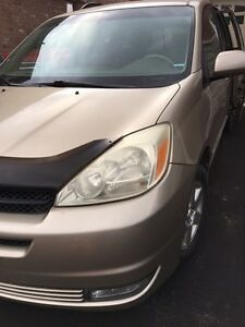 Sienna for sale with Extra winter tires and Rim